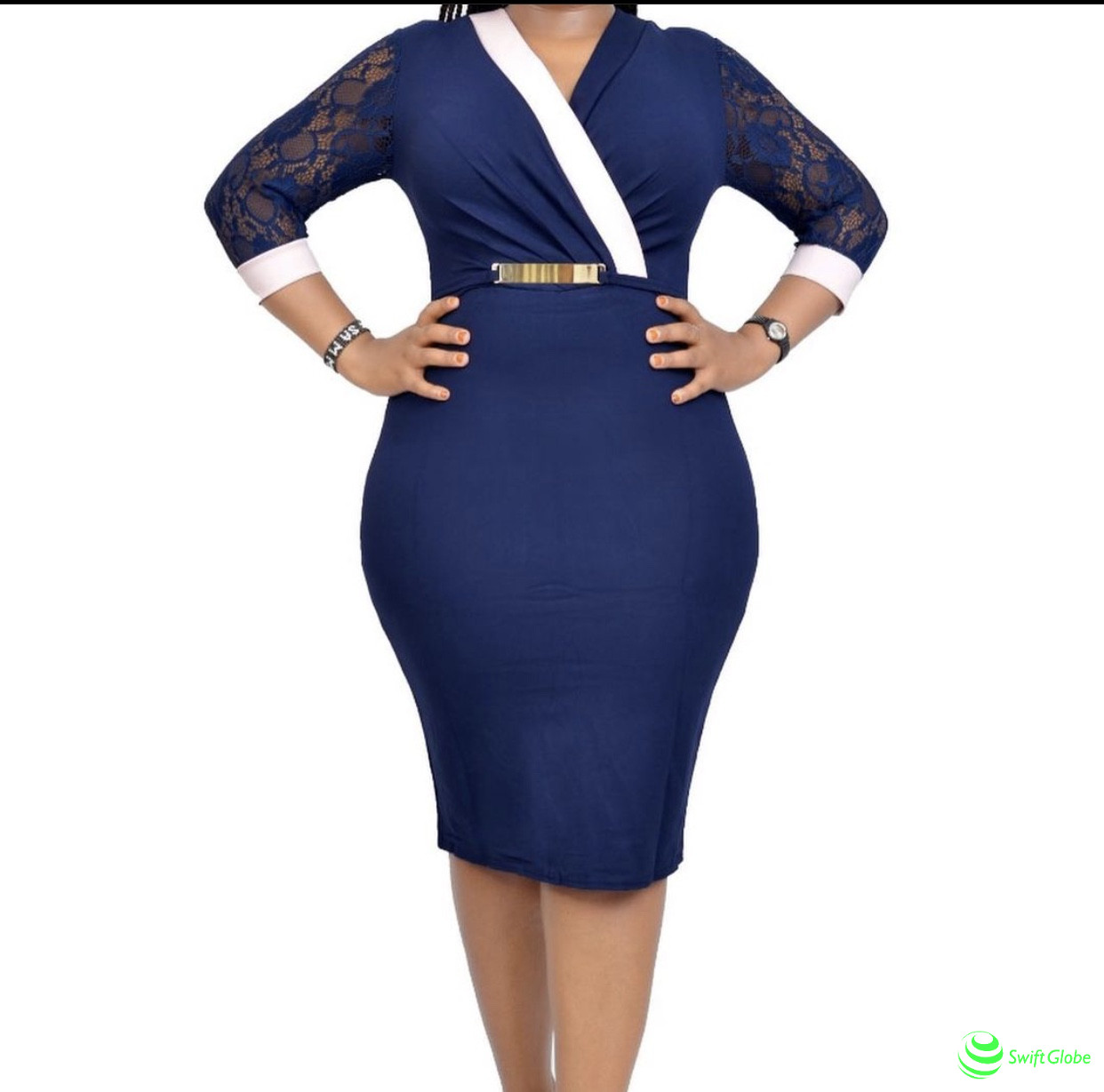 Long sleeve stretcher dress with lace